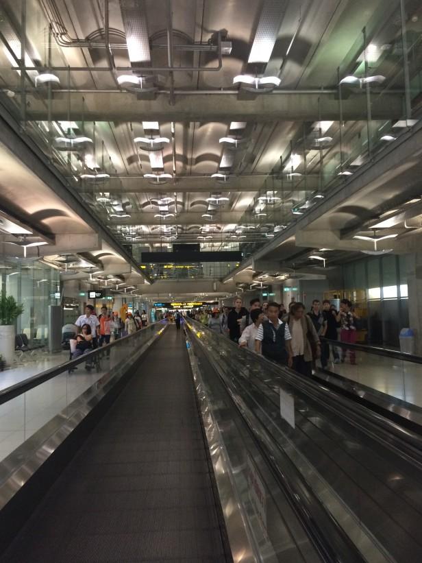 2Aeroporto Bangkok (2)