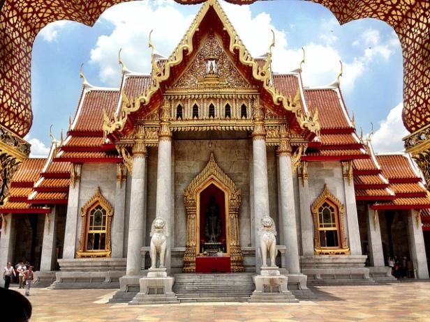 Bangkok Marble temple Wat Benchamabophit
